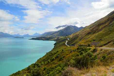 Drive from Queenstown to Glenorchy in the South Island