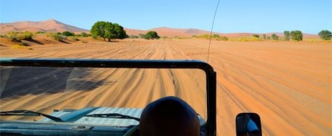 The 5km drive into Deadvlei