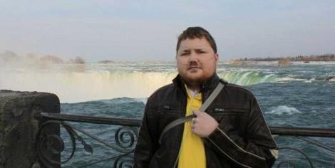 Enjoying a trip to Niagara Falls