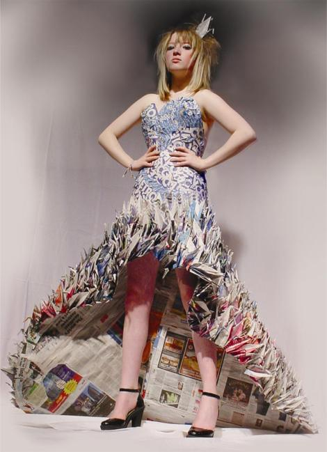 The beautiful Ellie Brainwaite modelling my completed dress